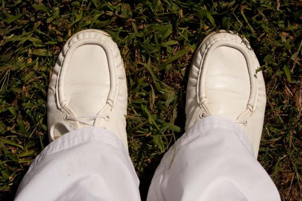 nursing shoes with hem